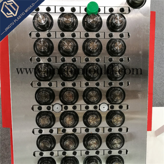 28-Cavity Injection Mold for PE Bottle Cap